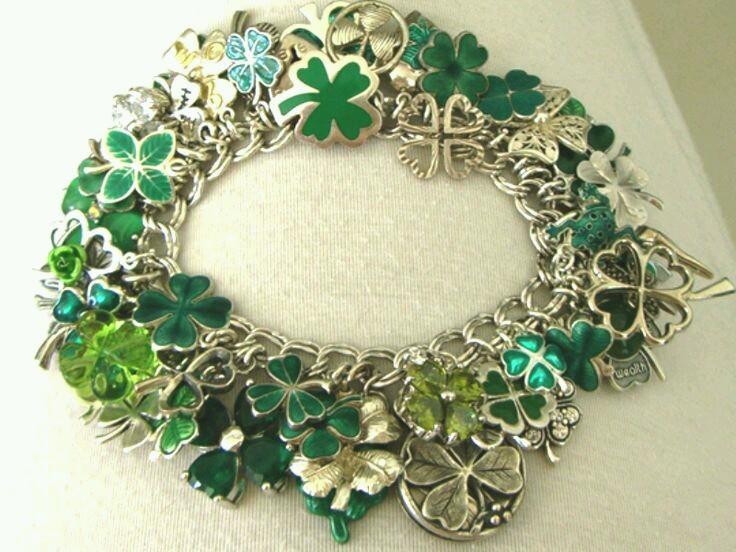 3. Ragga's Gift - Bracelet.jpg